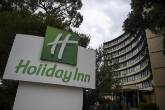 Victoria's latest outbreak is centred on the Holiday Inn at Melbourne Airport.