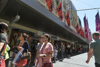 Christmas shoppers were out in force in the Bourke Street Mall on Saturday.l