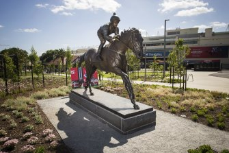 Tote Park also features a statue of Winx at the entrance.