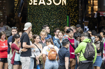 The RBA is growing more concerned that poor wage outcomes are keeping shoppers' wallets shut.