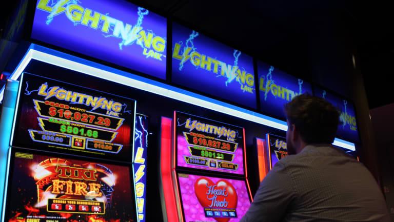 Aristocrat Lightning Link poker machine.