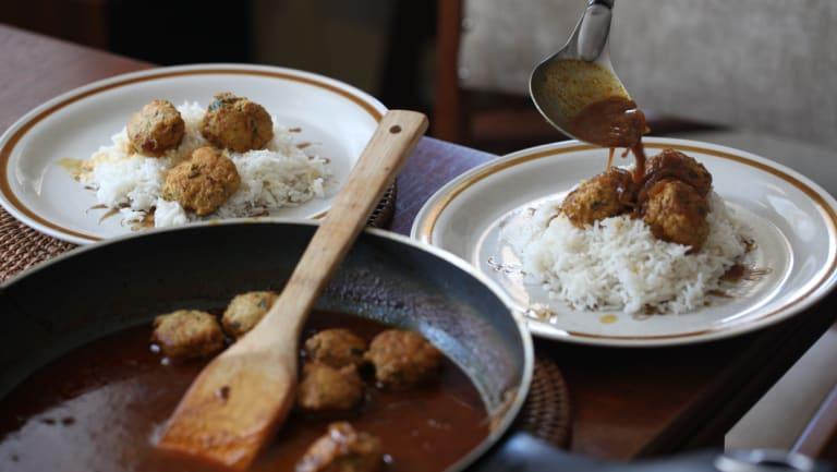 Chicken kofta curry.
