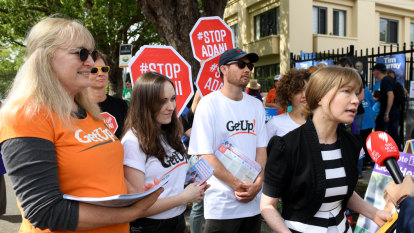 Win for GetUp! as Electoral Commission rules it's not formally linked to Labor or the Greens