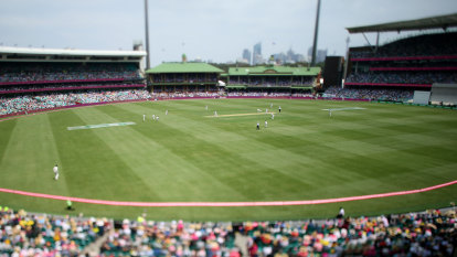 Crowds at SCG during Sydney COVID-19 outbreak: It's just not cricket