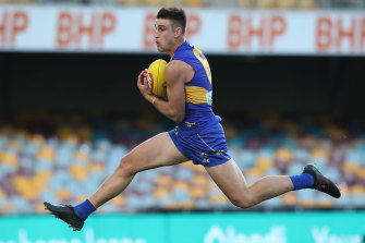 West Coast Eagles coach Adam Simpson says he can't point out a target round for midfielder Elliot Yeo to return.