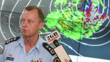 NSW State Emergency Services Commissioner Mark Smethurst has resigned.