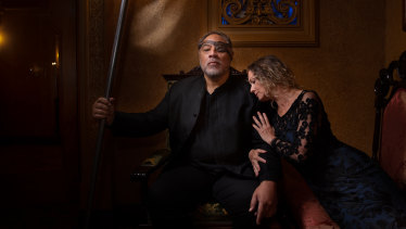Eddie Muliaumaseali'i as Wotan and Sarah Sweeting as Fricka in Melbourne Opera's Ring Cycle.