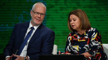 'Dear directors': explosive dossier reveals bitter war between Michelle Guthrie and ABC board