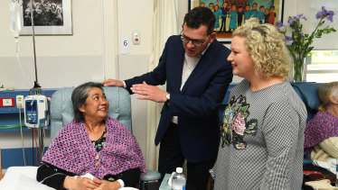 Premier Daniel Andrews and  Health Minister Jill Hennessy tour the Wangaratta Hospital on Monday.