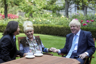 In 2019, British actress Barbara Windsor and her husband Scott Mitchell met with British Prime Minister Boris Johnson at 10 Downing Street to promote Dementia Care.
