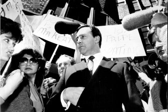 Paul Keating at the opening of the Chase Manhattan AMP Bank in Sydney, one of the winners of the banking licences.