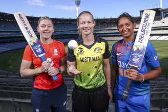 Captains Heather Knight of Great Britain, Meg Lanning of Australia and Harmanpreet Kaur of India.