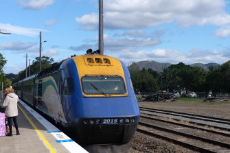 The XPT train pulls into Wauchope station on the way to Casino, via Grafton.