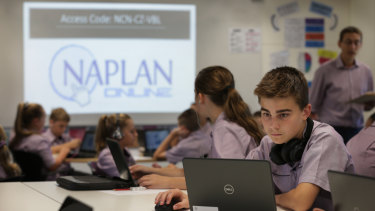 Thousands of students struggled to complete the first day of NAPLAN testing online.