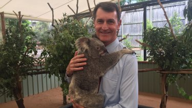Brisbane Lord Mayor Graham Quirk at Lone Pine Koala Sanctuary in 2016