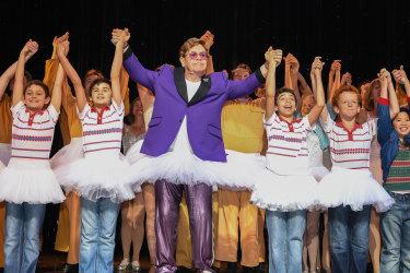 Sir Elton John joined the cast of Billy Elliot on stage in Sydney last night.