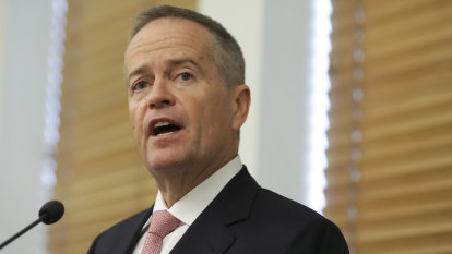 Bill Shorten concedes he should have 'gone bigger' to avoid Labor's election defeat