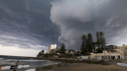 Climate change to deliver suburban house price pain: RBA