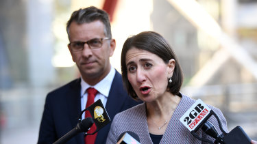 NSW Premier Gladys Berejiklian and Transport Minister Andrew Constance announce free travel on the Northwest Metro this Sunday.