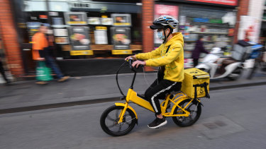 An Easi delivery driver in Melbourne.