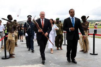 Australian Prime Minister Scott Morrison and Mrs Morrison are greeted by Vanuatu Minister of Foreign Affairs Ralph Regenvanu (right) in Port Vila, Vanuatu, in January 2019. Mr Regenvanu has urged China to stop using coal.