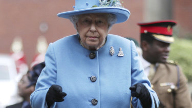 The Queen wants to reduce plastic waste.