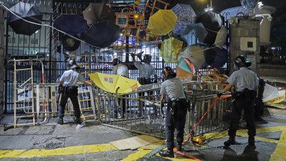 Fresh protests rock Hong Kong