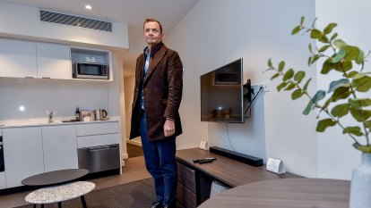 Melbourne hotels all but empty, yet more set to open