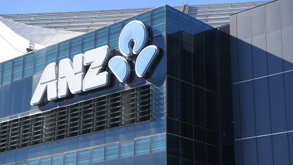 ANZ Bank faces fresh legal fight as ASIC takes it to court over fees