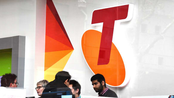 Almost 550 Telstra jobs in Qld 'in the firing line', union says