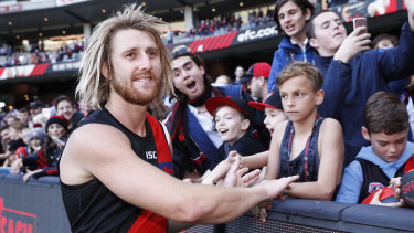 Essendon's Dyson Heppell met with the Vixens to share insights and swap experiences.