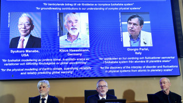 Syukuro Manabe, Klaus Hasselmann and Giorgio Parisi are announced as the winners of the Nobel Prize in Physics.