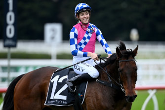 Louise Day returns on Man Of Peace last Saturday.