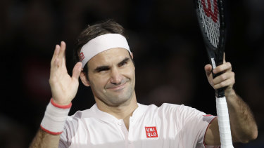 Roger Federer has played down claims of favouritism at the Australian and US Opens.