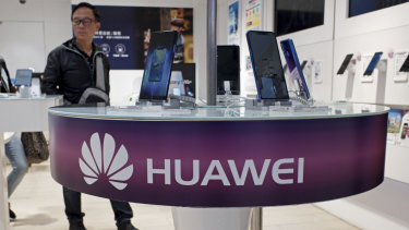 Huawei is ready to use its patents as a weapon to fight bans in markets such as the US and Australia.
