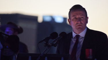 WA Premier Mark McGowan delivers an emotional speech.