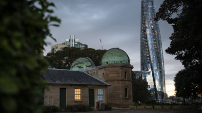 Crown pays for simulator after tower blocks Sydney Observatory's view of the stars