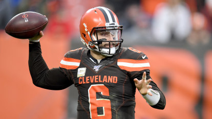 Cleveland rally for first home win to keep slim NFL hopes alive