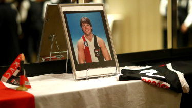 Tributes were paid to club great Danny Frawley at St Kilda's best-and-fairest awards this week.