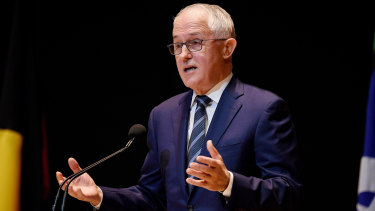 Malcolm Turnbull has held his lead over Bill Shorten in every state as well as nationally.