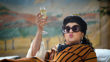 Susie Youssef as Nellie Melba in Drunk History.