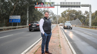 Border businesses decry closure as new COVID-19 cases emerge in Albury-Wodonga