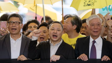 Reverend Chu Yiu-ming (right, front) with other Occupy protesters in April.