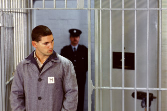 Bana as Mark 'Chopper' Read in H-Division of Pentridge Prison.