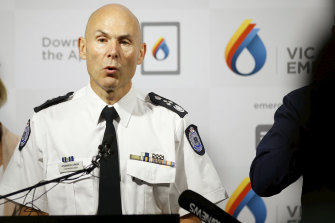 Emergency Management Commissioner Andrew Crisp has warned of an elevated bushfire risk over the weekend.