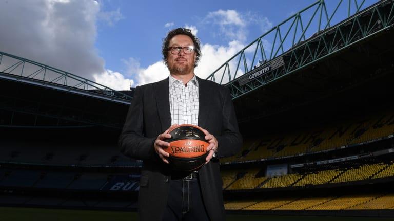 Luc Longley has been assured basketball at Etihad Stadium will work.