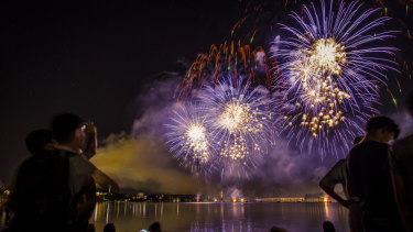 Large purple fireworks grace the Canberra sky at the 2018 Skyfire.