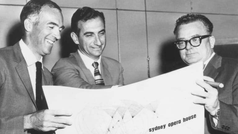 From left: Jorn Utzon, Jack Zunz and H. Ingram Ashworth on the competition committee in 1957.