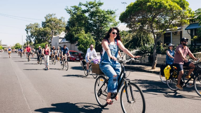 Britain recently estimated that they could save themselves £1.6 billion in health costs if they copied the Dutch approach to cycling.