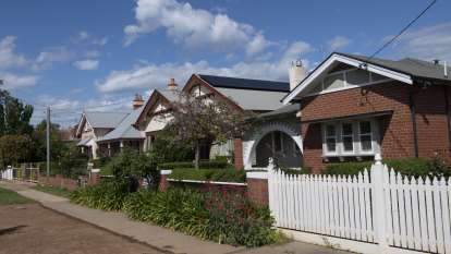 'Hold on to that hatred': Boomers aren't to blame for Australia's property mismatch